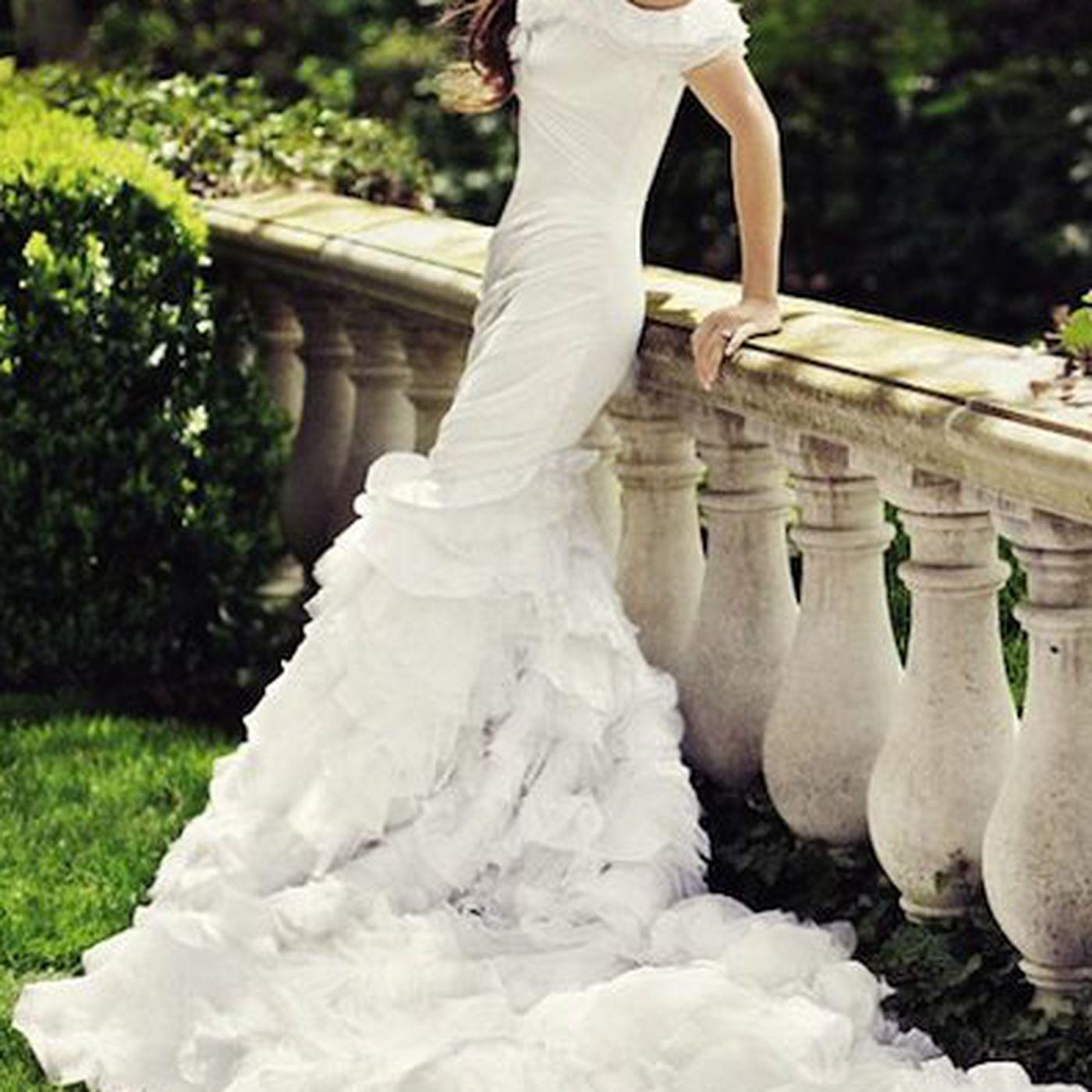 Finally! A Photo of Dylan Lauren\'s Ralph Lauren Wedding Dress - Racked