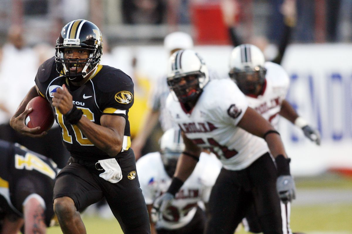 Independence Bowl: South Carolina v Missouri