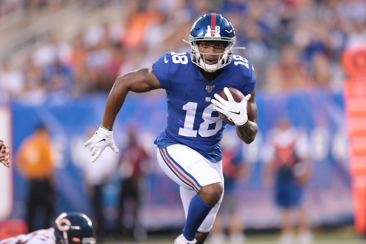 New York Giants wide receiver Bennie Fowler catches a pass and runs for a touchdown during the first half against the Chicago Bears at MetLife Stadium.