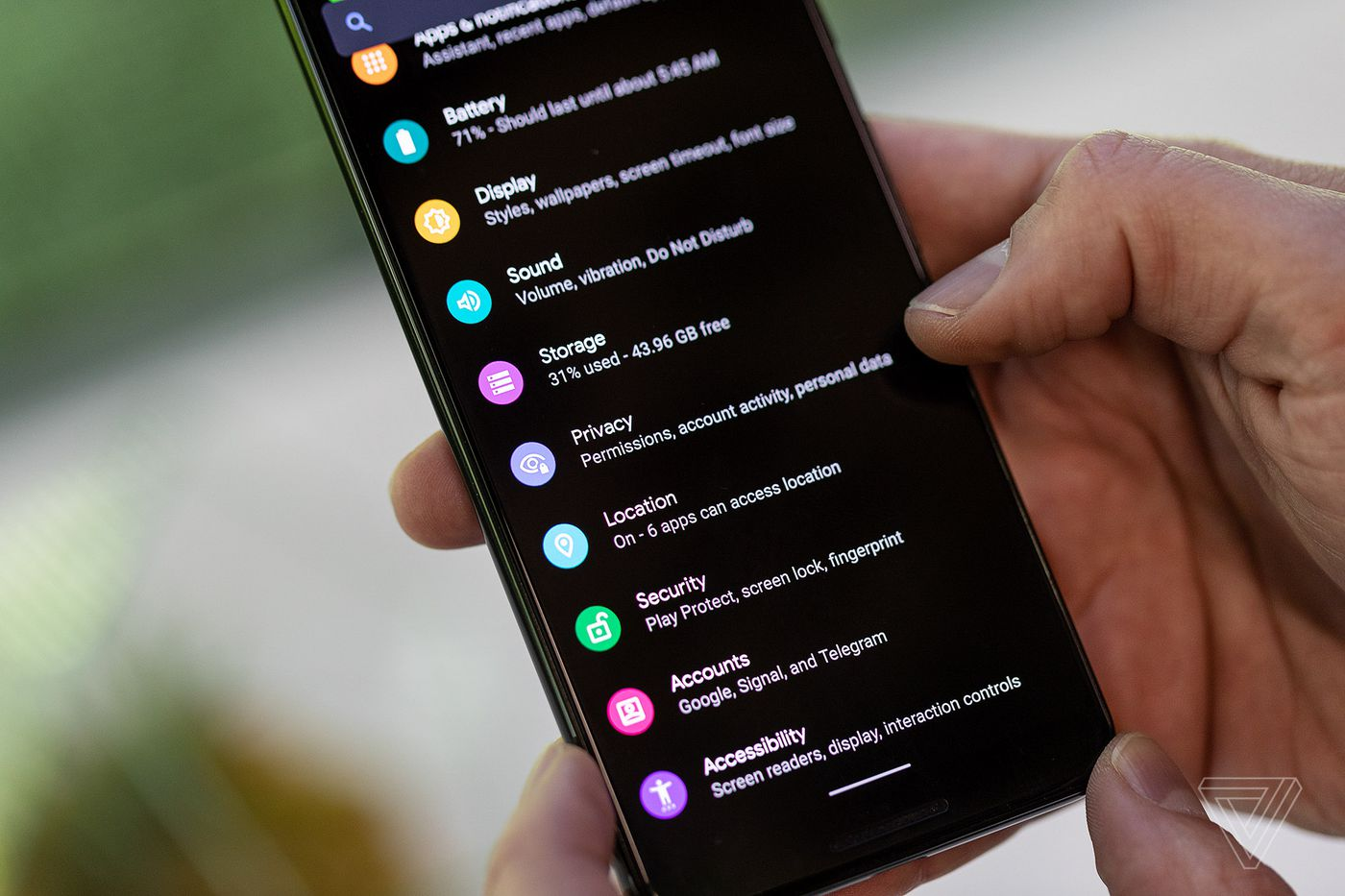 Android Q exclusive first look: better gestures, live