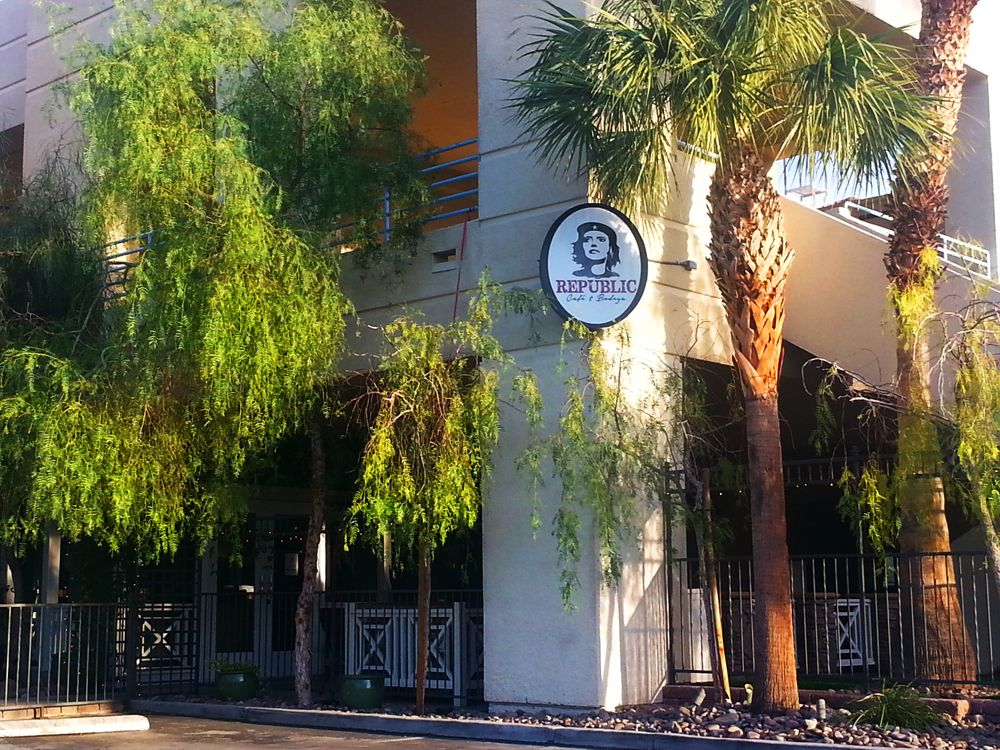 Republic Cafe & Bodega