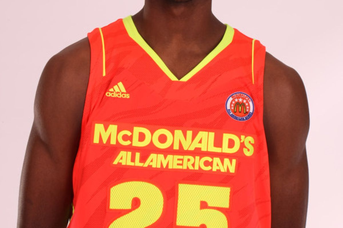 Forward Amile Jefferson is just one of two prospects left with a Kentucky offer.