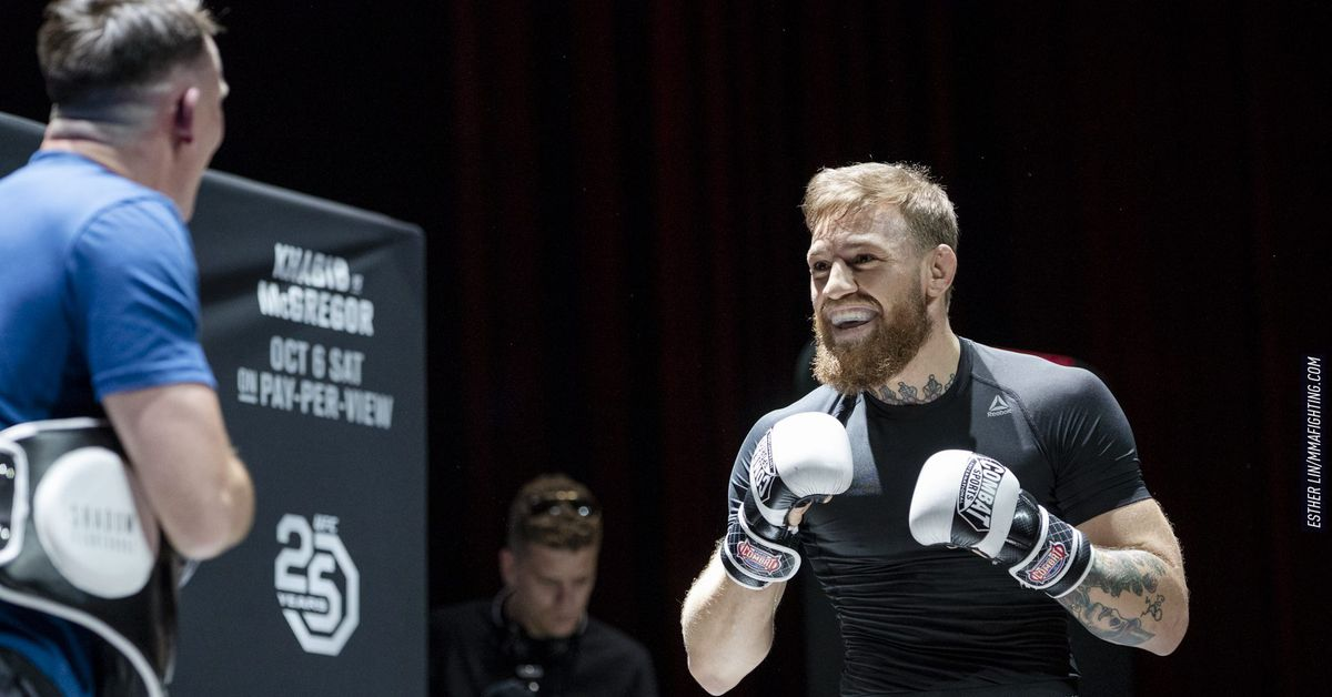 Coach Javier Mendez questions Conor McGregor's preparation for UFC 257, says he'd get 'smashed' in Khabib Nurmagomedov rematch