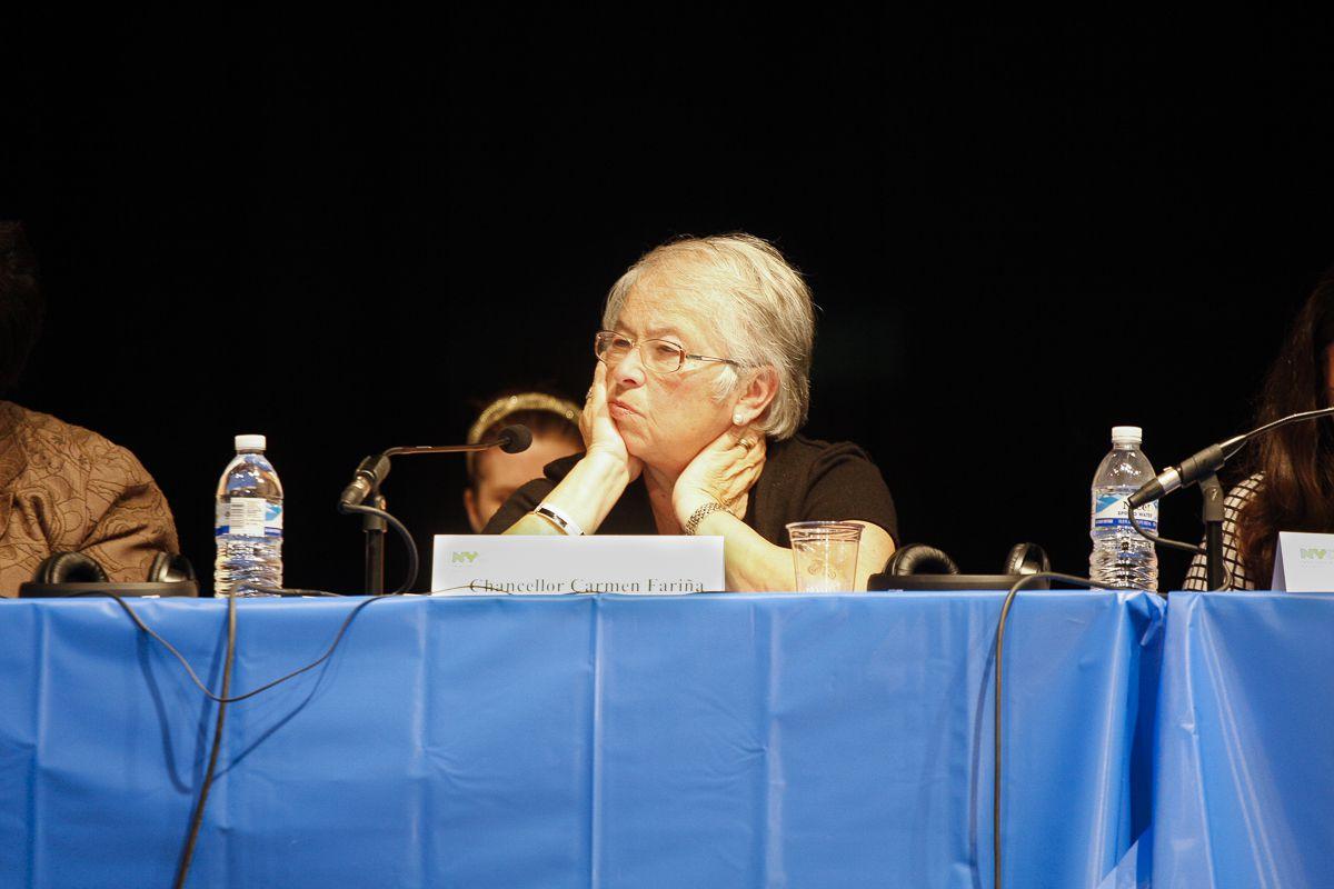 Chancellor Carmen Fariña at a PEP meeting.