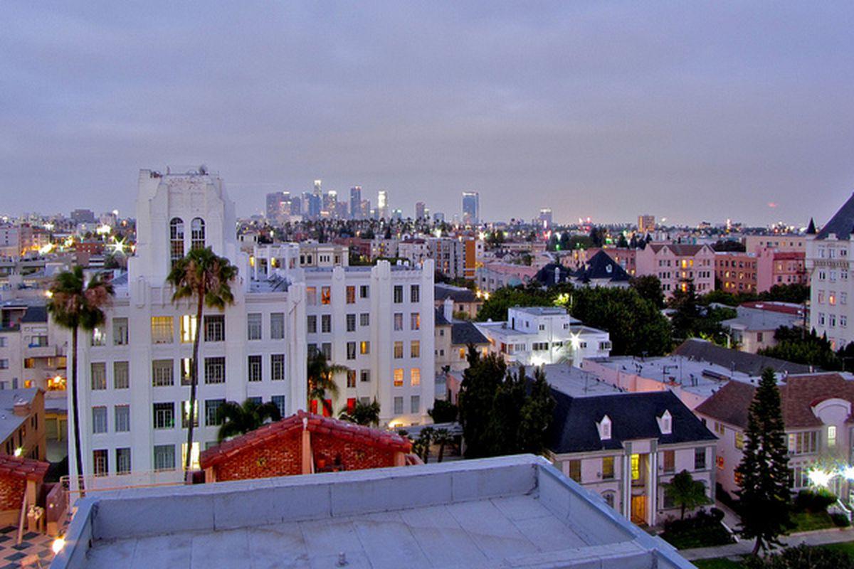 "Image via <a href=""https://www.flickr.com/photos/onlyla/8409501285"">Only LA</a> / Curbed LA flickr pool"