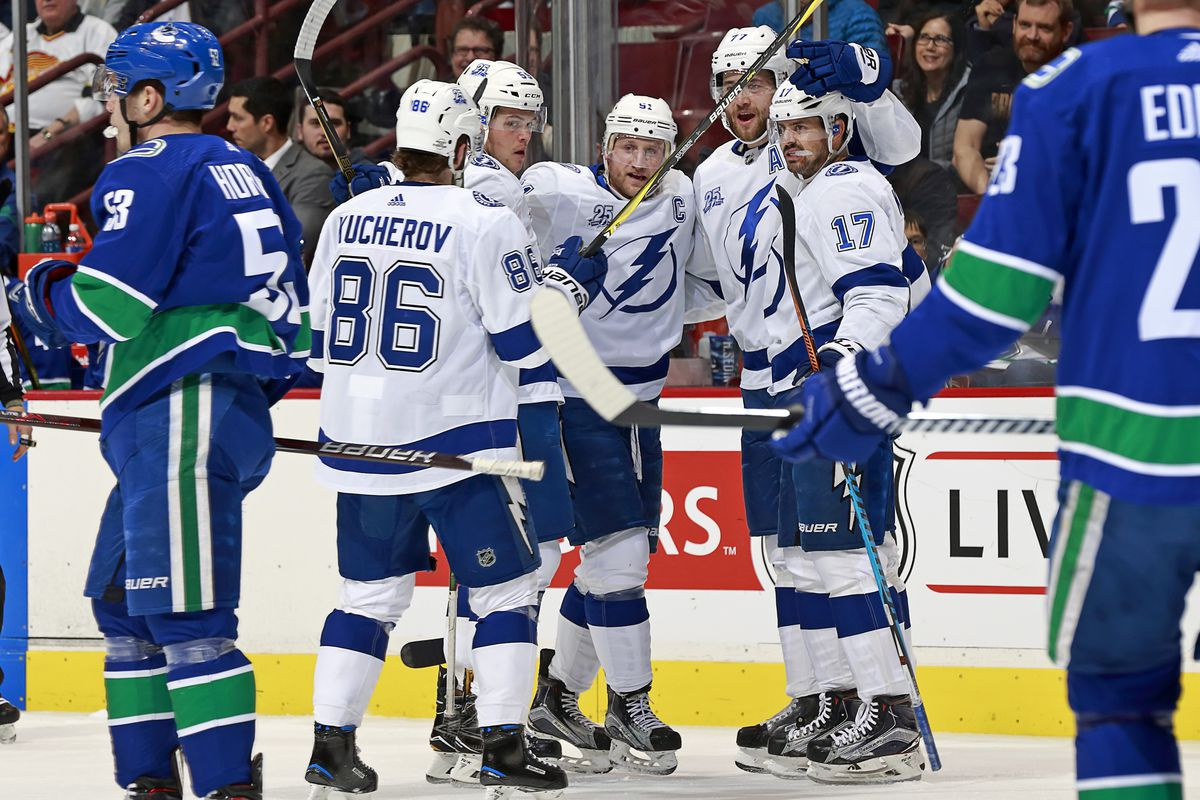 super popular 4b3e5 6ea4a Cory Conacher's first penalty shot goal helps Tampa Bay ...