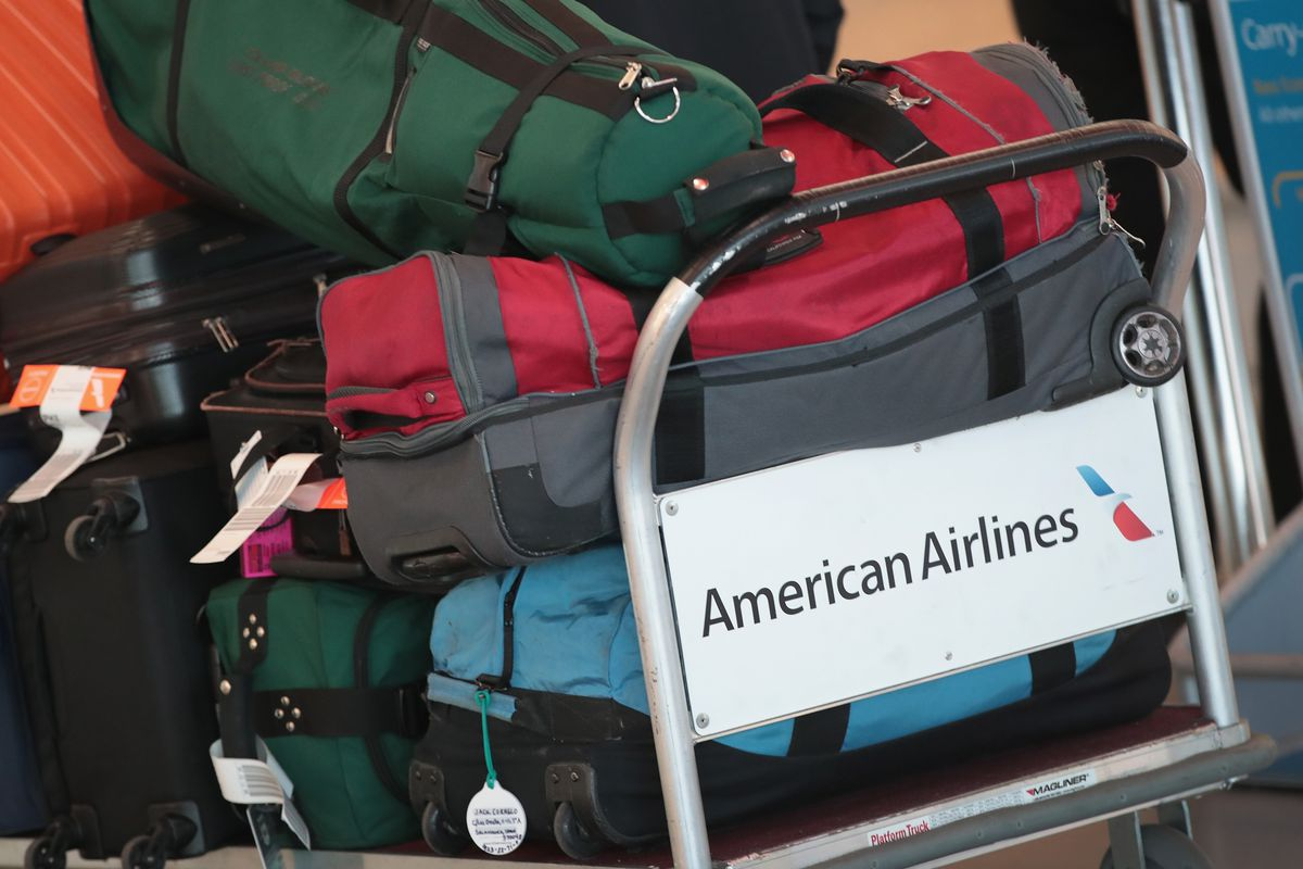 Major Us Airlines Will Ban Smart Luggage With Non