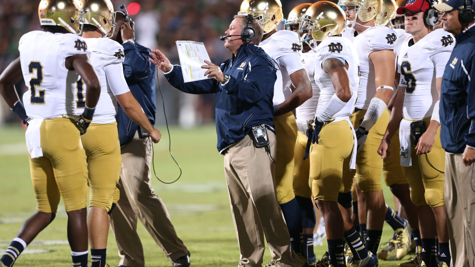 Need Notre Dame Fighting Irish Football Tickets TicketCity offers 100 moneyback guarantee uptodate prices amp event information Over 1 million customers served