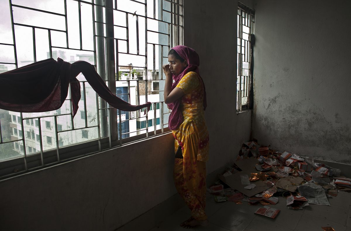 bangladesh hunger strike garment
