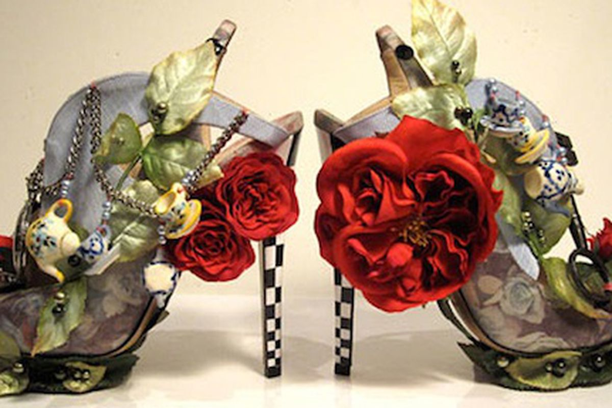 """Image via <a href=""""http://visualswagger.com/2010/02/07/alice-in-wonderland-heels-by-nicholas-kirkwood/"""">Visual Swagger</a>"""