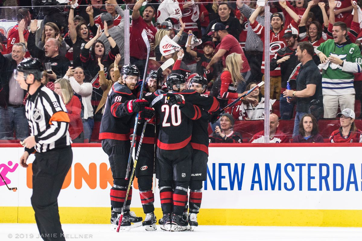A Team Into how the 2018-19 hurricanes turned a team into a family