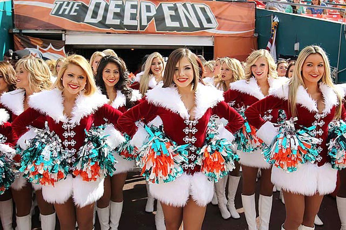 Miami Dolphins Cheerleaders Christmas