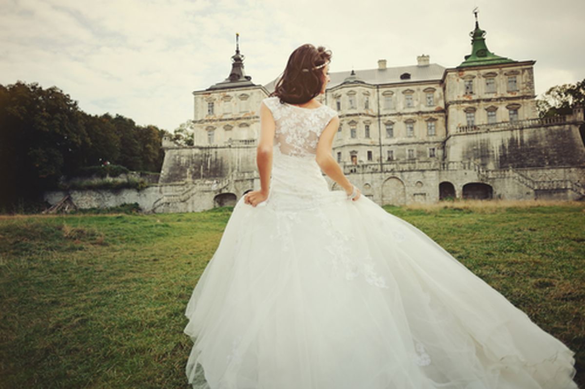 Your Guide to Boston\'s Best Wedding Dress Designers and Shops ...