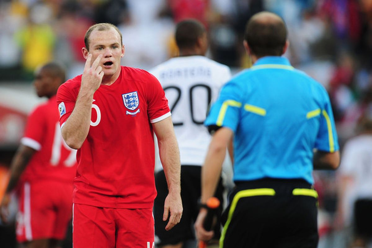 Wayne Rooney will be looking for goals for the first time since before the World Cup (Photo by Clive Mason/Getty Images)