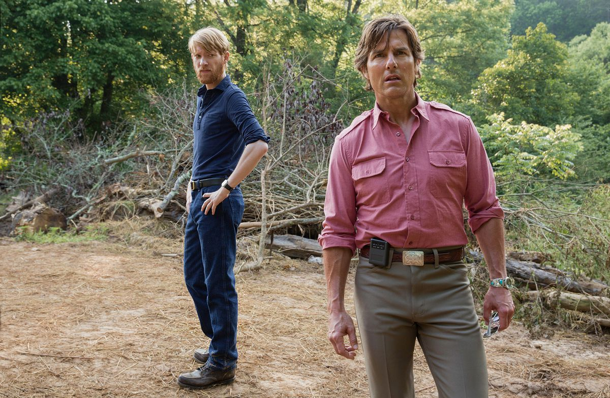 Domnhall Gleeson and Tom Cruise in American Made