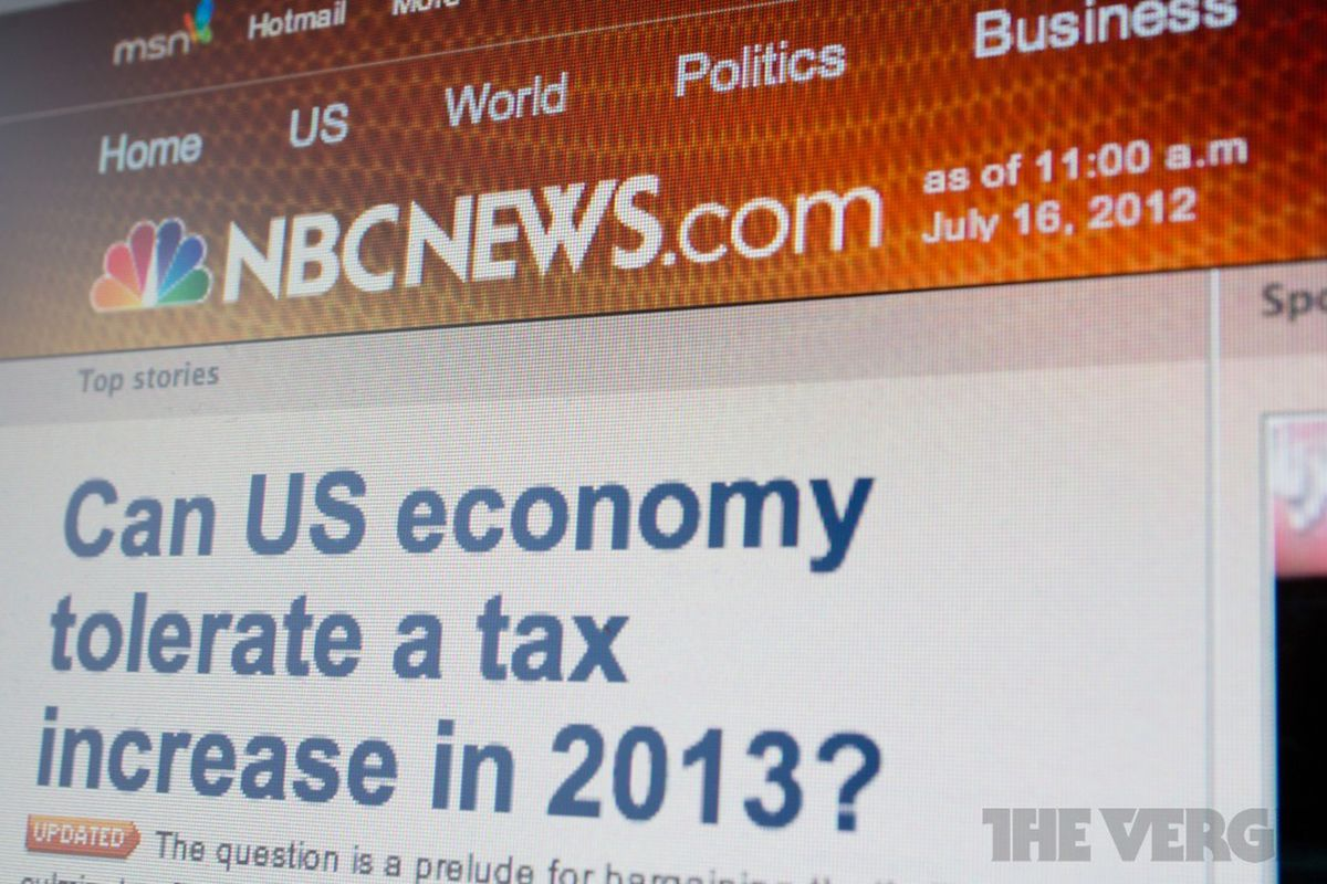 microsoft sells msnbc com stake to comcast  will launch