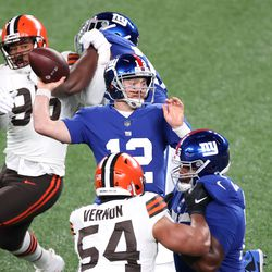 December 2020: In Week 15, Baker Mayfield was locked in, completing 27-of-32 passes for 297 yards and 2 touchdowns in what turned out to be Cleveland's most complete game of the season. It helped that the Giants had Colt McCoy under center, who still couldn't complete any passes with zip on them. The Browns won 20-6, improving to 10-4, needing just one win to clinch a playoff spot.