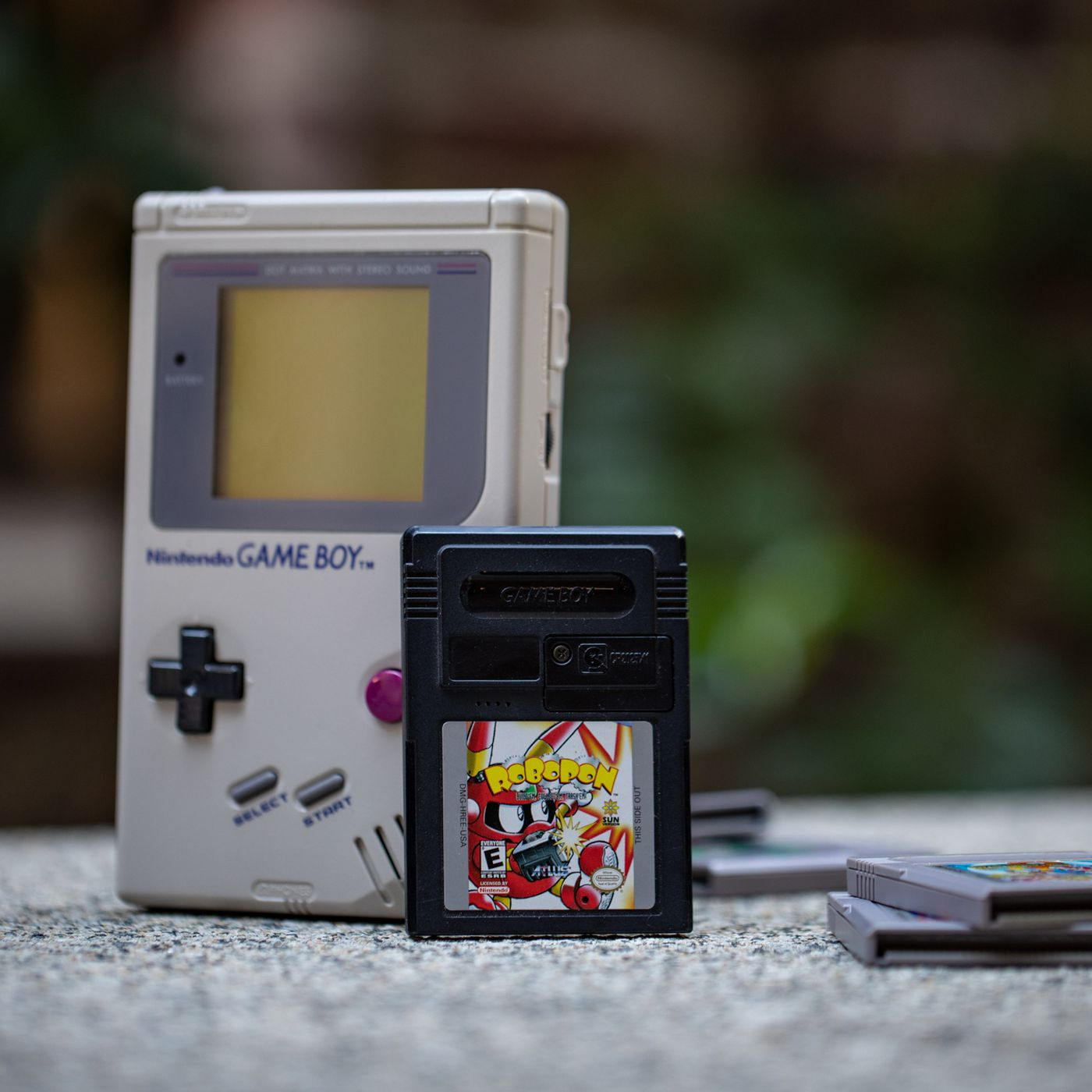 One Of The Game Boy S Weirdest Games Was A Pokemon Clone With Built In Infrared The Verge