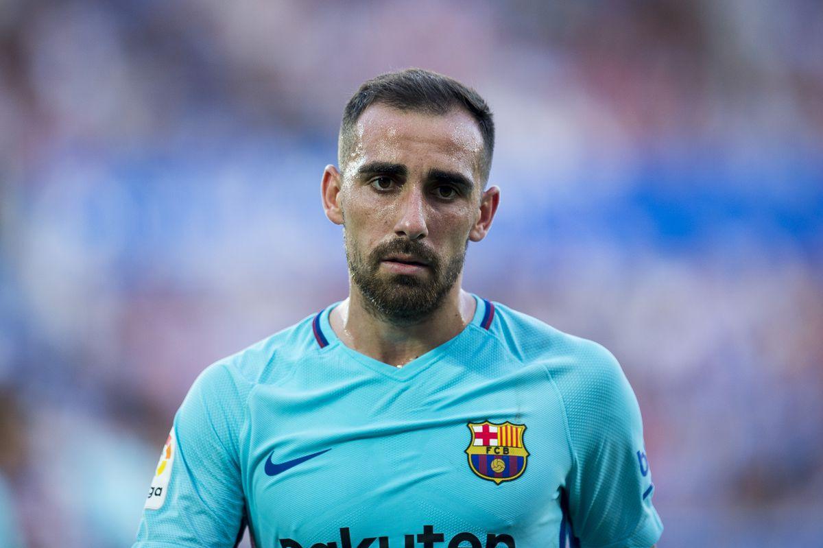 Deportivo Alaves v Barcelona - La Liga
