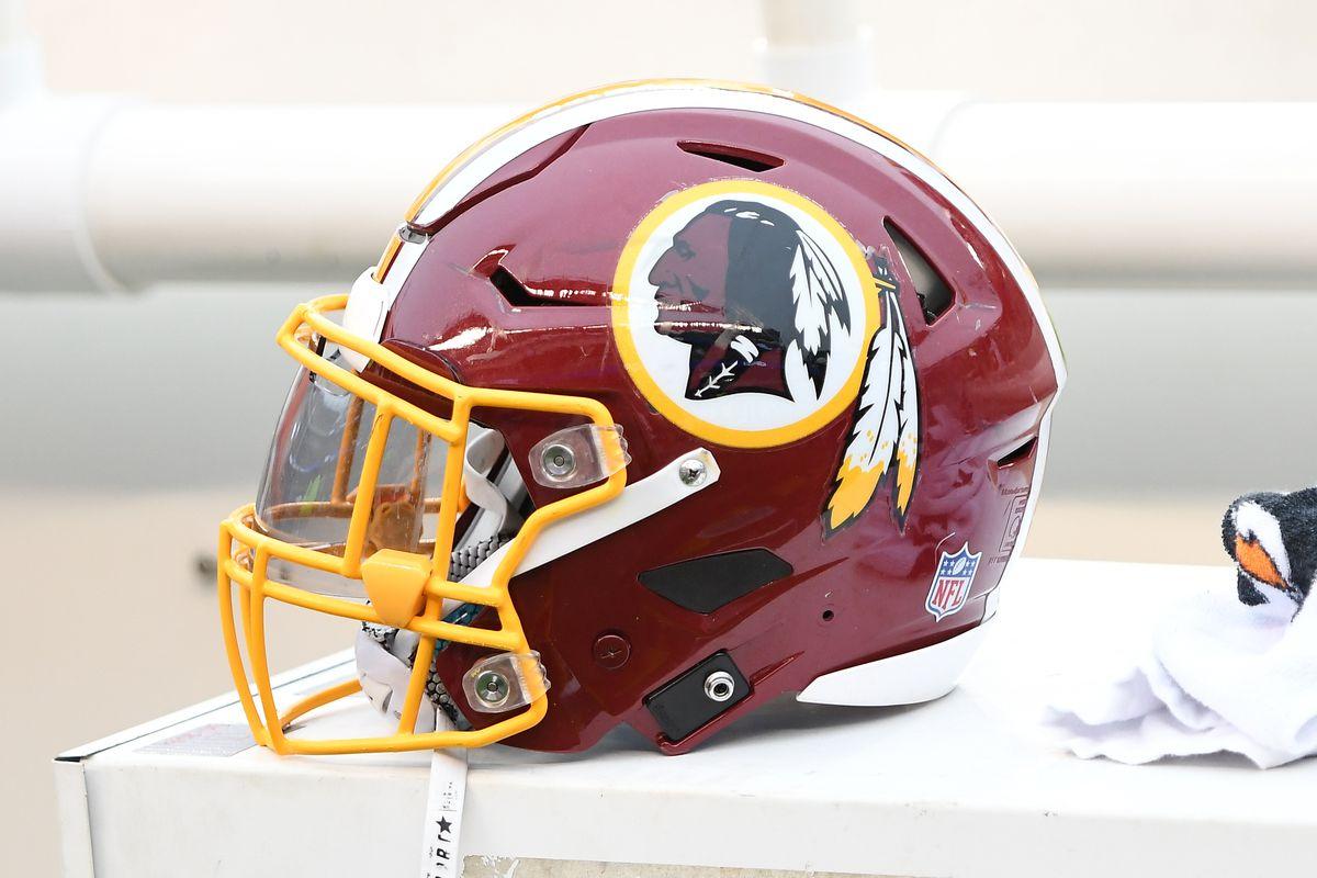 NFL: DEC 11 Redskins at Eagles
