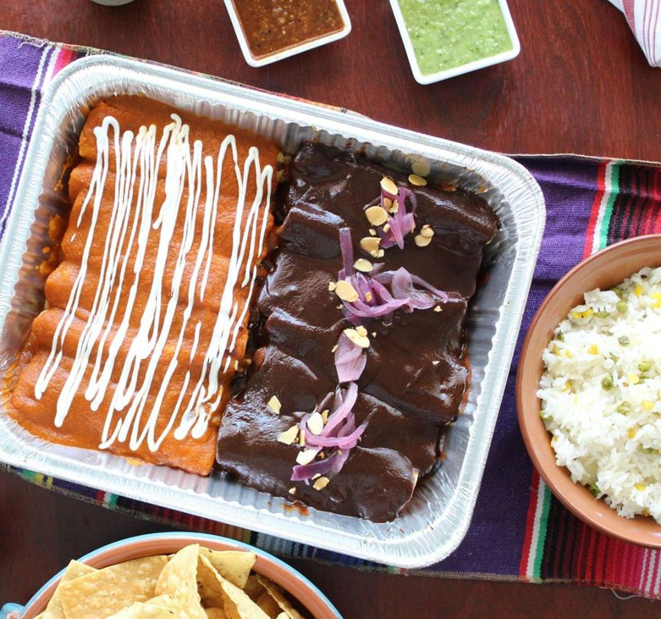 A meal kit from El Alma