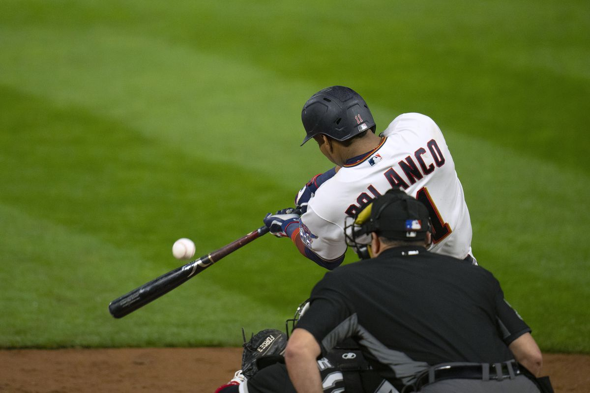 The Twins' Jorge Polanco hits a single to drive in the winning run against the White Sox Tuesday night.