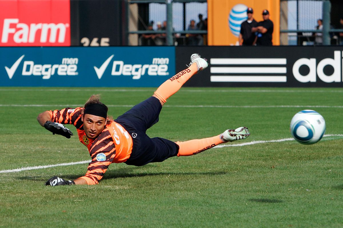 Goalkeeper Armando Navarrete, playing for Club America. Navarette struggled with America in the 2011 Apertura and was loaned out to Morelia for the 2012 Clausura.