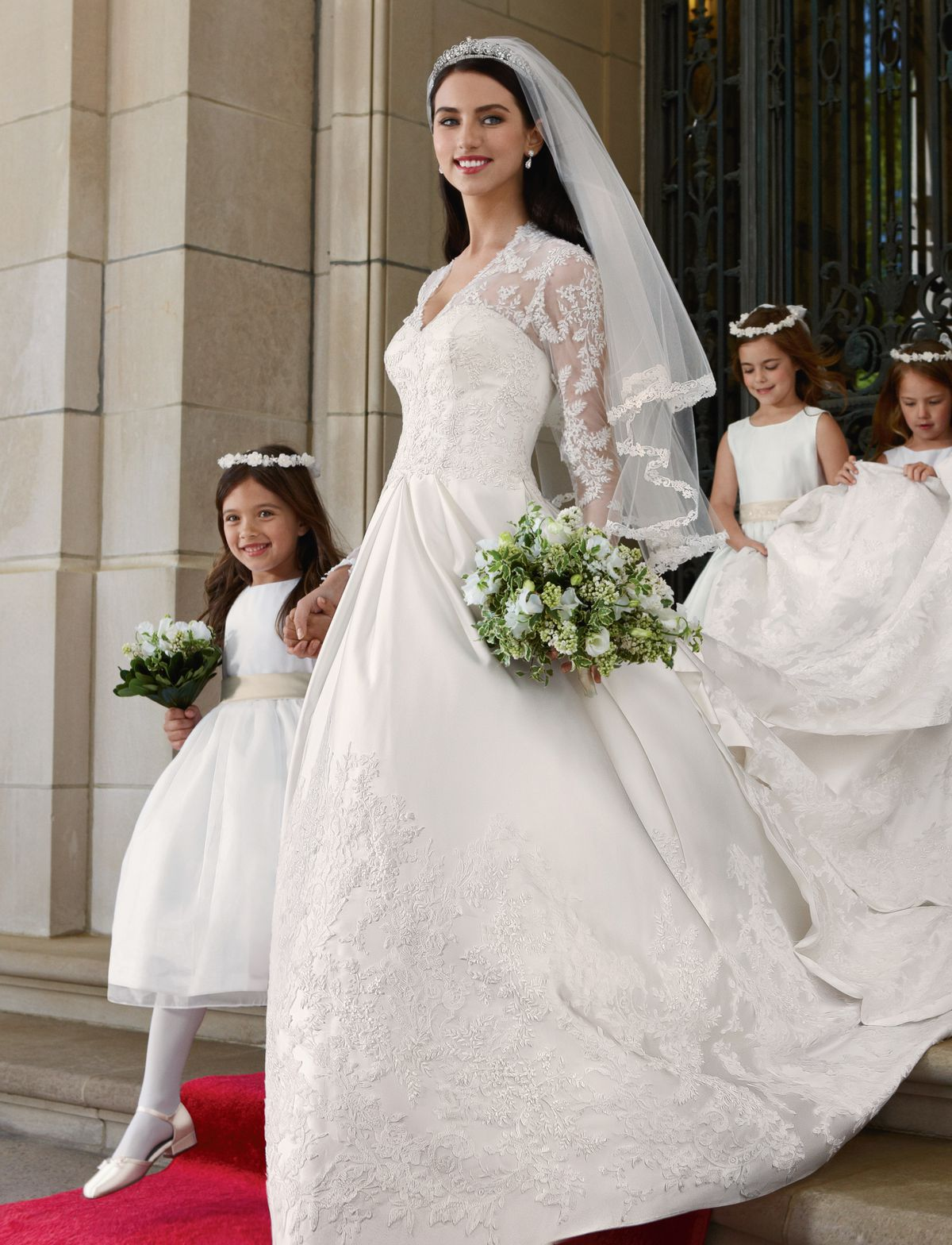 Kate Middletons Wedding Dresses.How Meghan Markle S Wedding Dress Will Influence What Brides