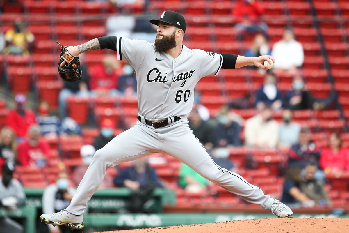Dallas Keuchel #60 of the Chicago White Sox pitches against the Boston Red Sox in the third innning during game one of a doubleheader at Fenway Park on April 18, 2021 in Boston, Massachusetts.
