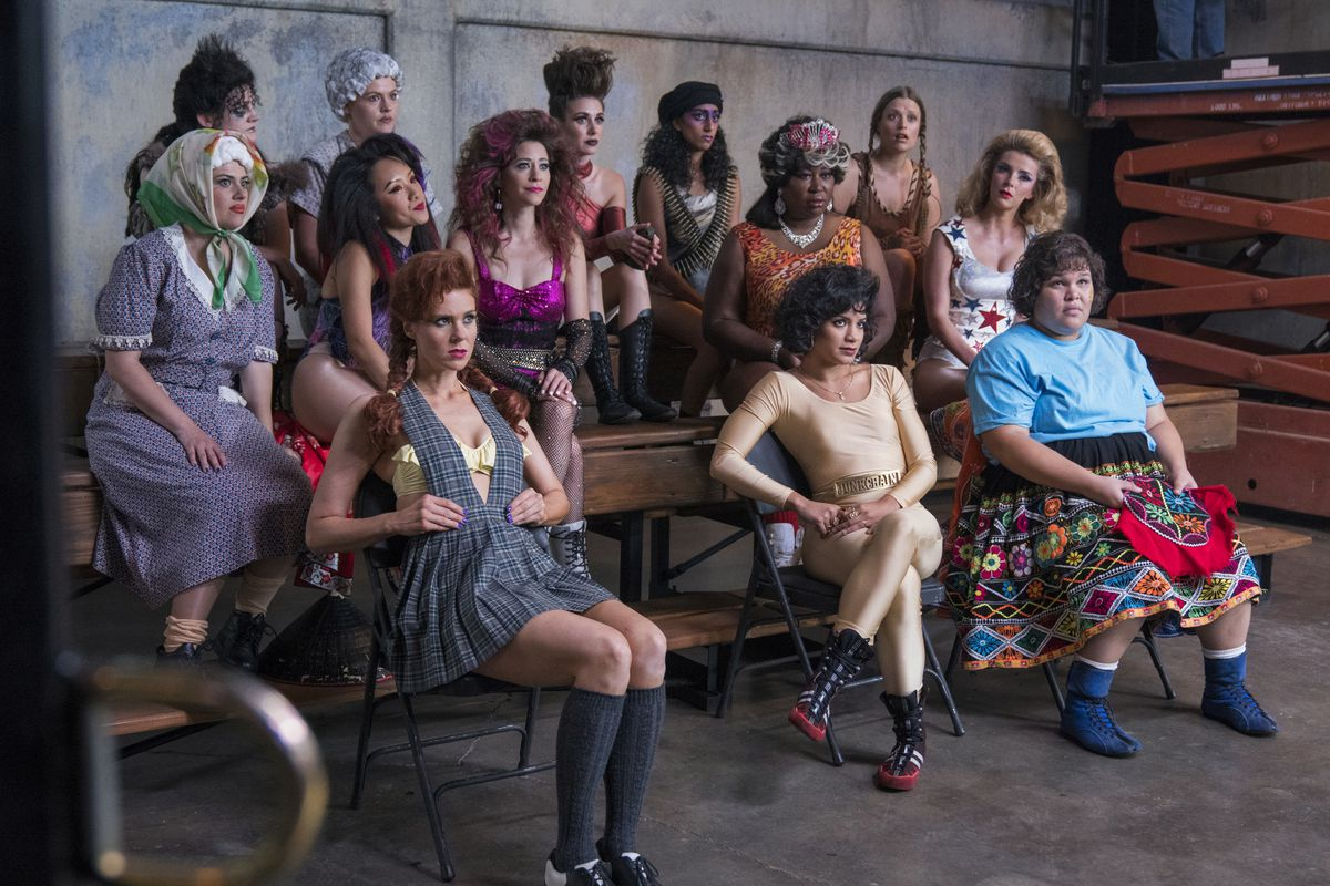 GLOW season 2 review: an over-ambitious must-watch - Vox
