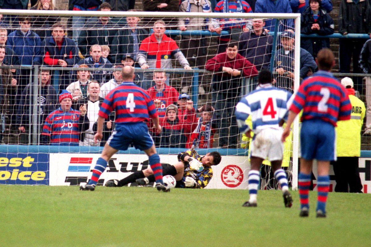 Soccer - Nationwide League Division One - Reading v Oldham Athletic - Elm Park