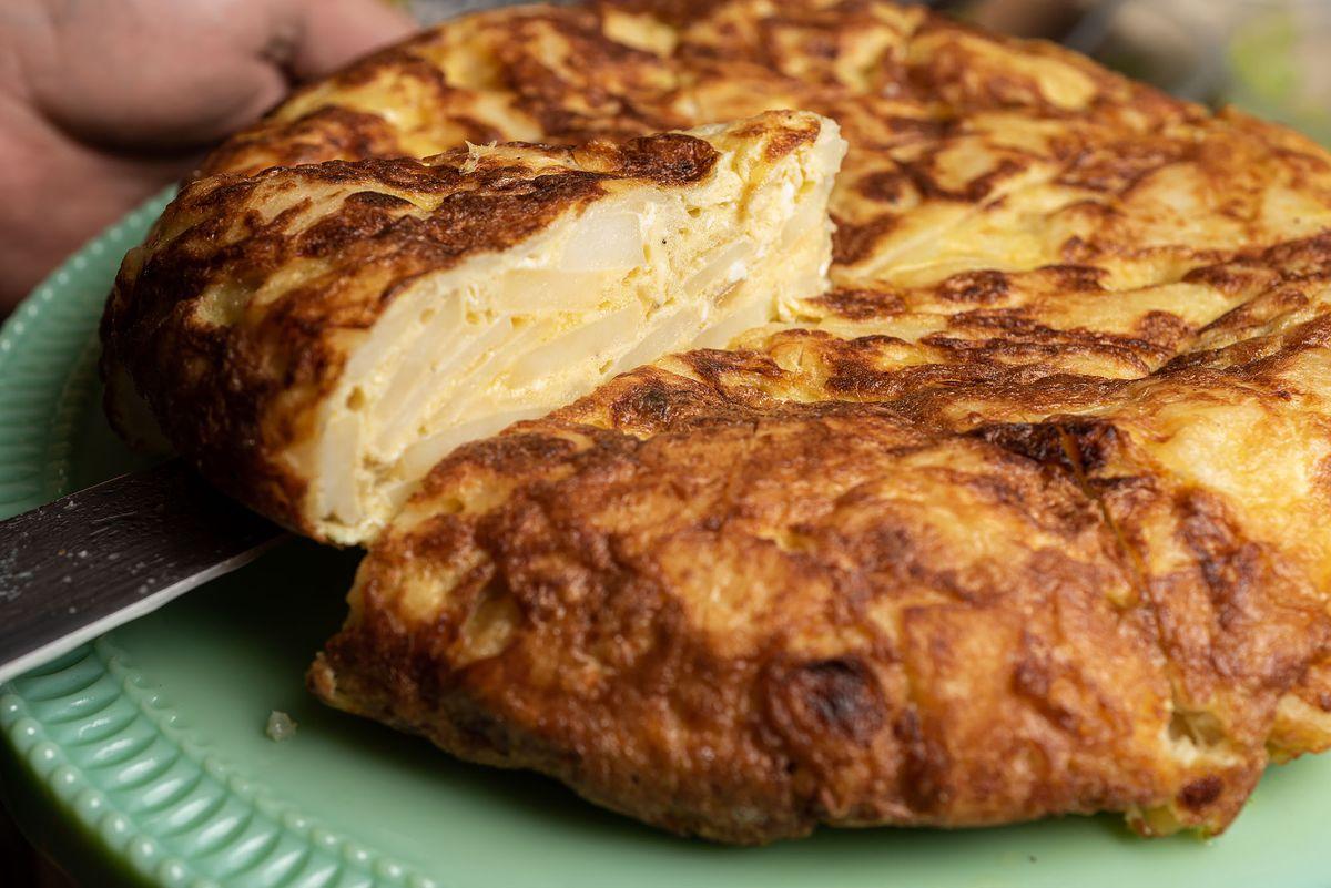 Tortilla española at Buho Rouge
