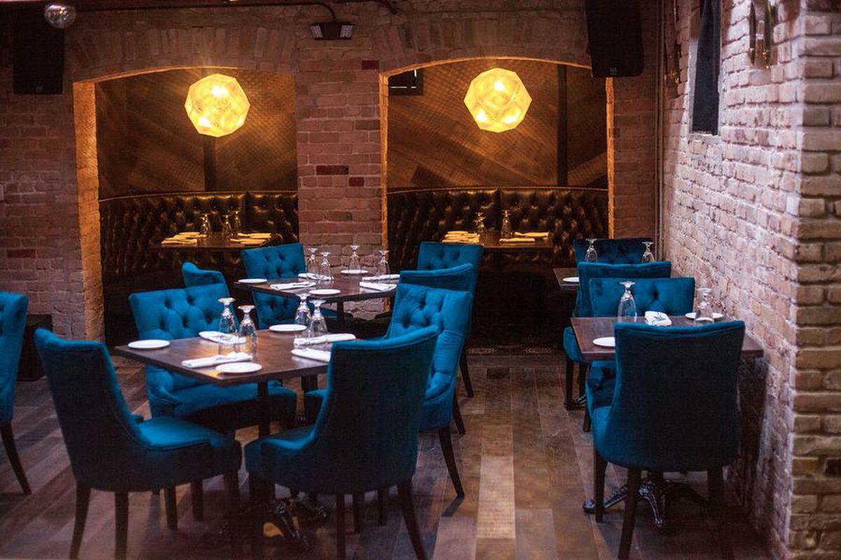 The Early Word On Italian American Restaurant Sophia S