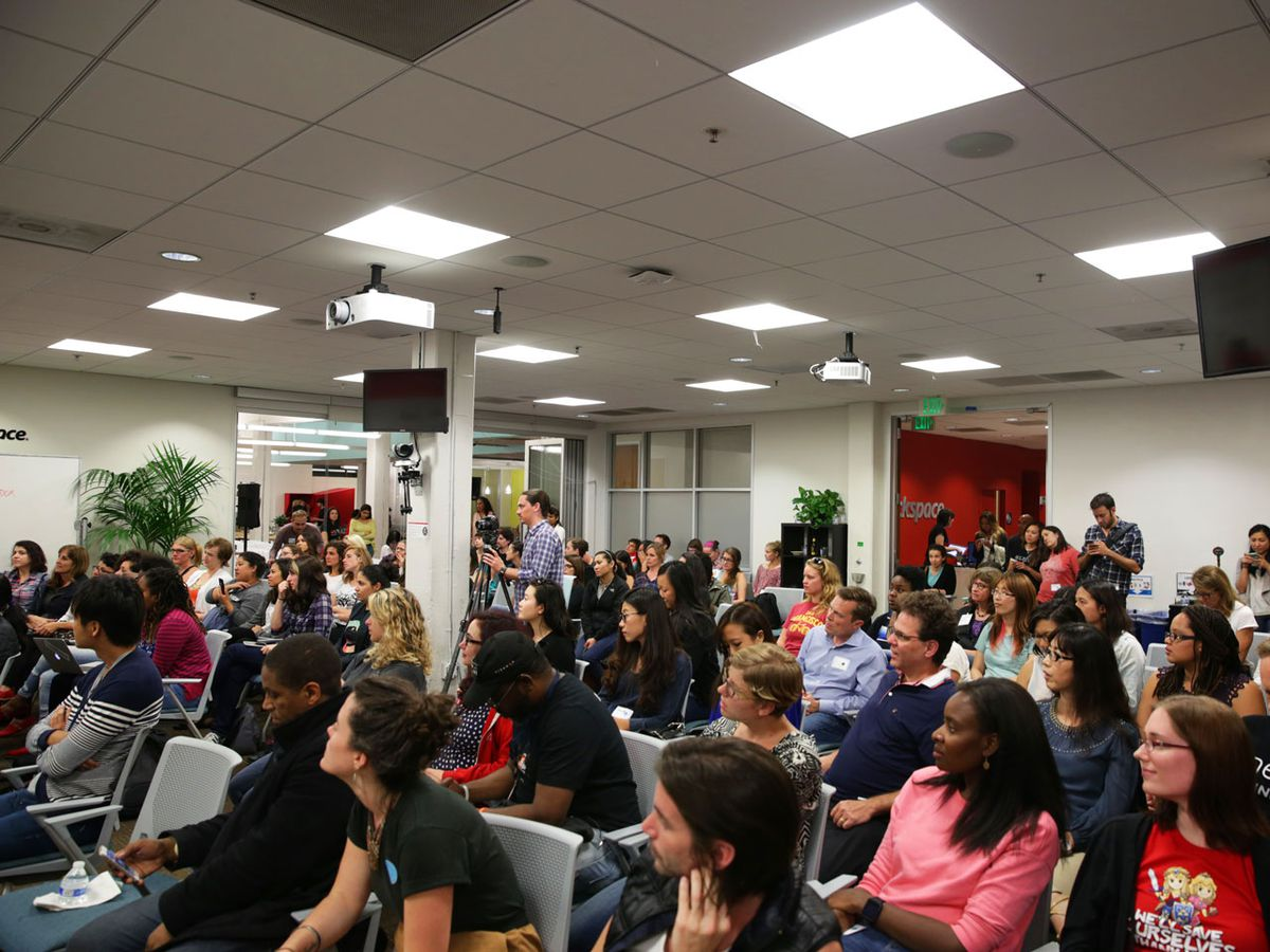 Women outnumbered men three to one at the #ILookLikeAnEngineer event.