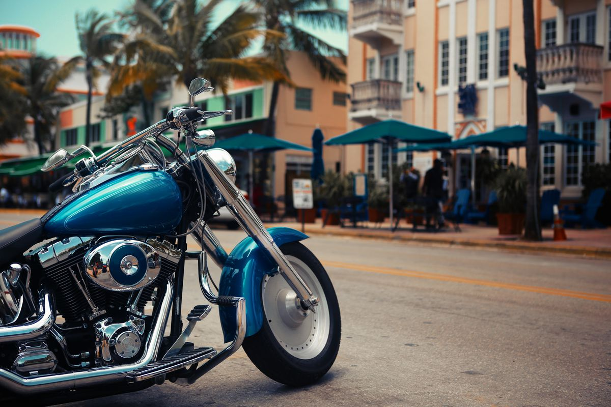 FDOT shares tips with drivers for motorcycle Safety