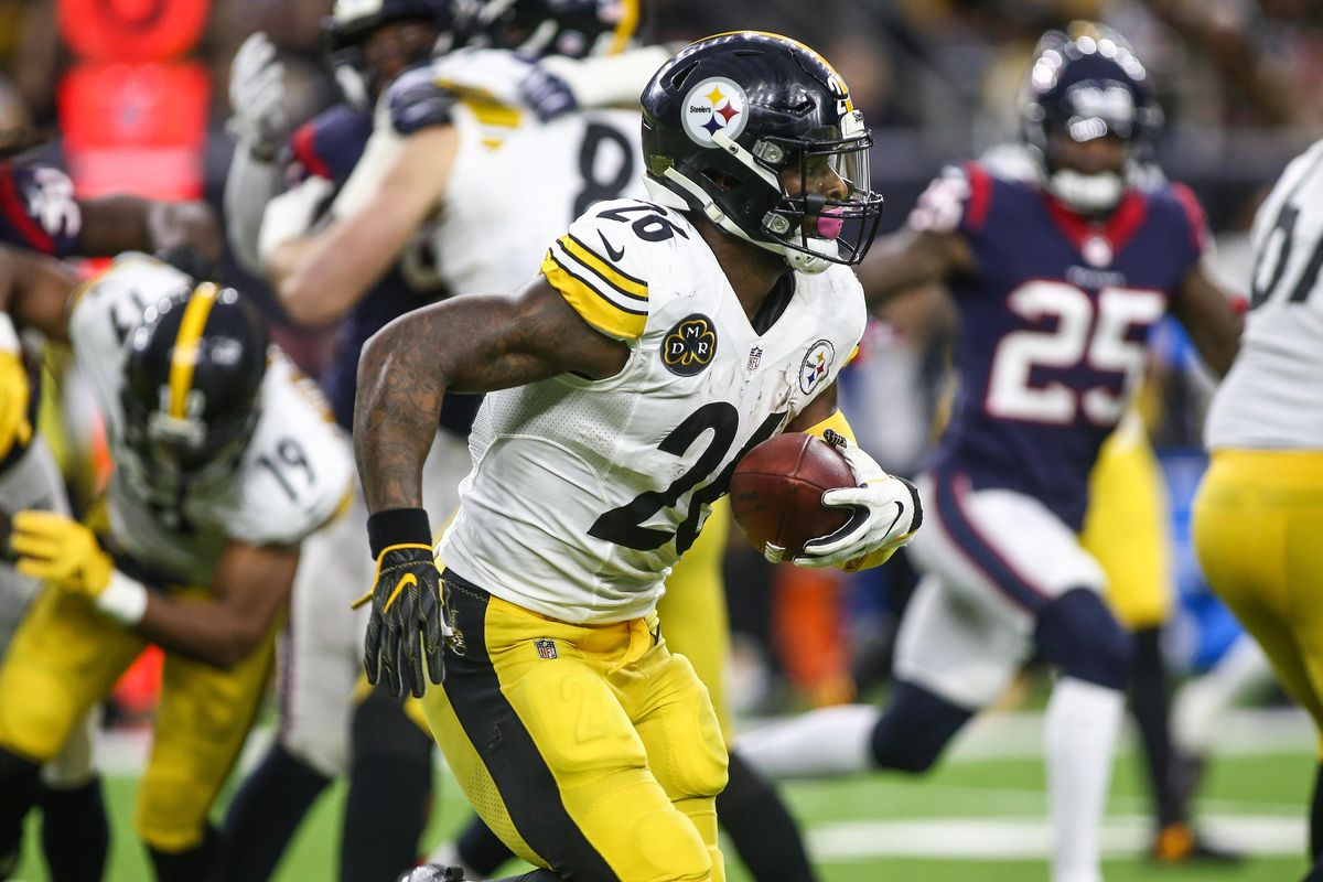 Leveon Bell Has Passed On More Money Than Other Rbs Are Making A Year Behind The Steel Curtain