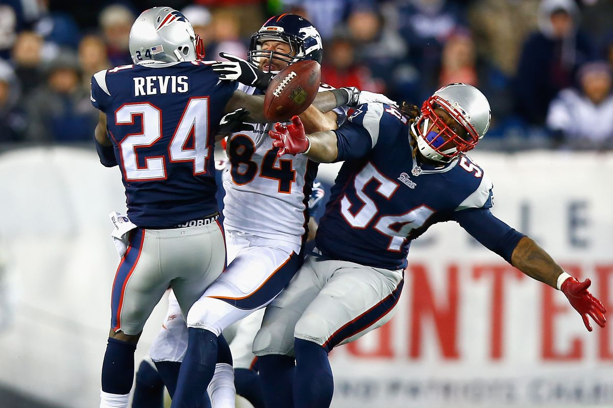 Revis and Hightower persuade Jacob Tamme to let the football go