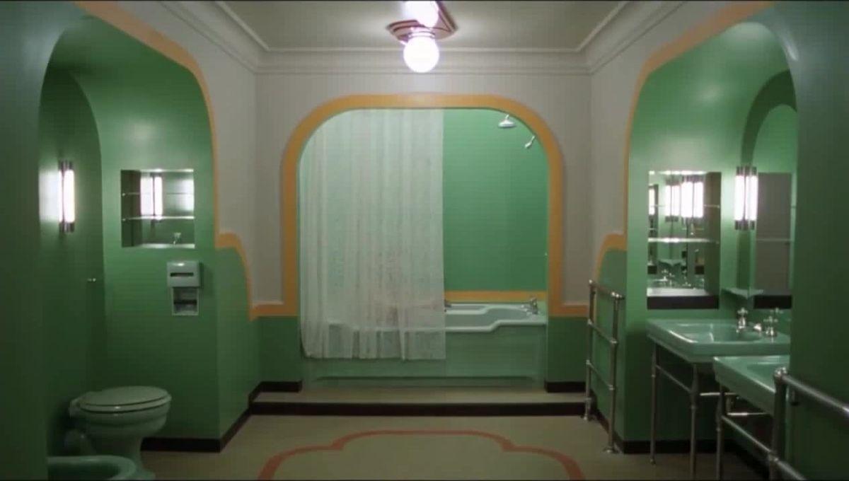 The bathroom of room 237