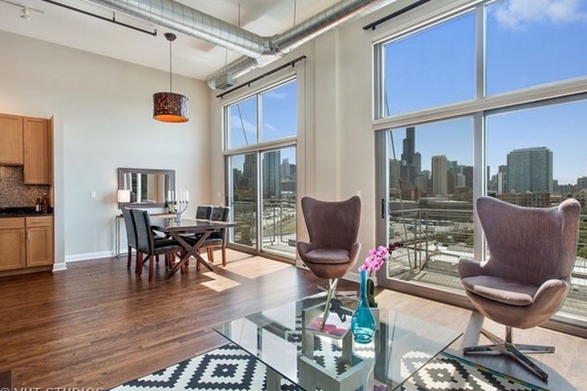 300k River West Loft Has A Wall Of South Facing Windows
