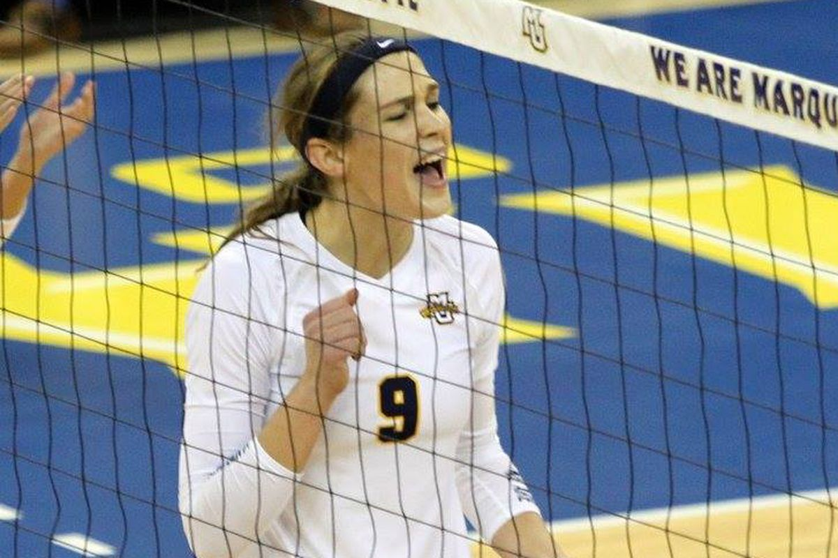 Jenna Rosenthal is turning into a destructive force at the net in her redshirt freshman campaign.