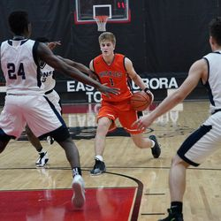 Naperville North's Tom Welch (1) stops against Lincoln Park, Saturday 02-02-19. Worsom Robinson/For the Sun-Times.