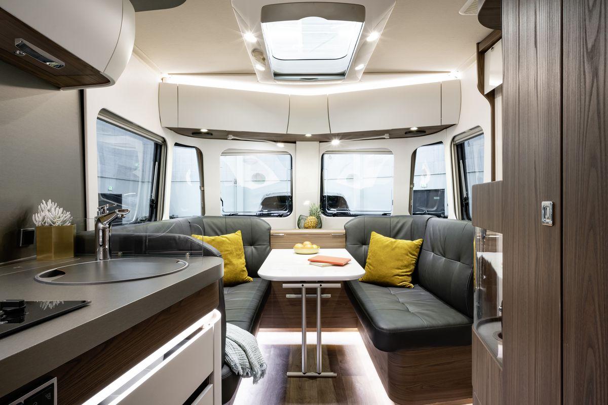 Sleek travel trailer focuses on simple, clean design - Curbed