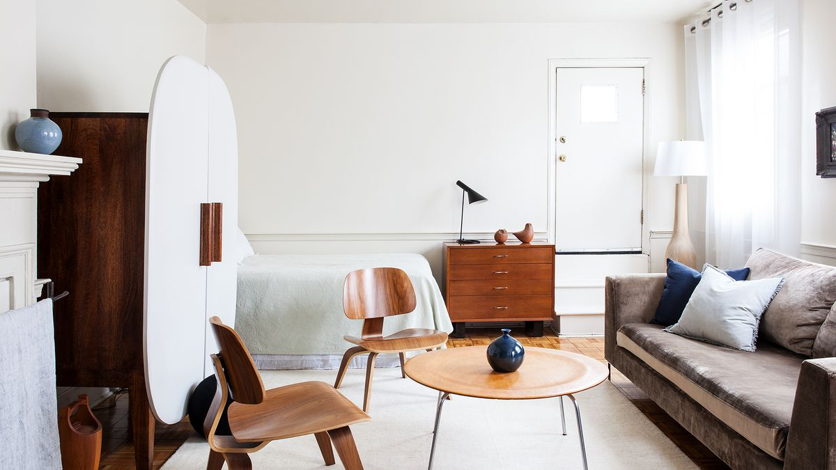 Living in a 280 square foot Philly apartment without sacrificing design. Living in a 280 square foot Philly apartment without sacrificing