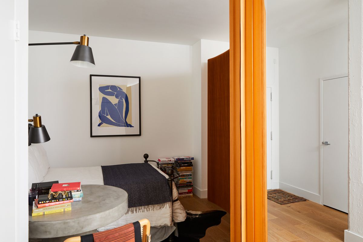 Curbed Love Where You Live - Colorful-home-interior-on-portland-road-in-london