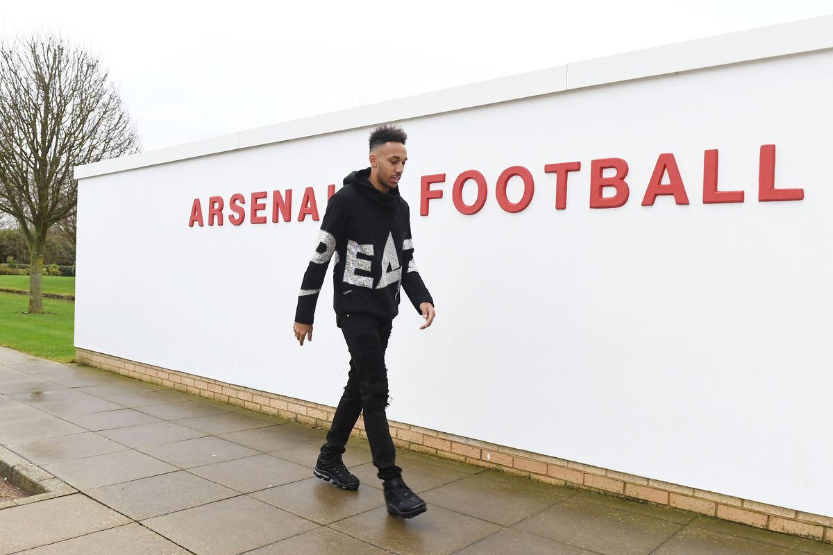 Aubameyang-Giroud Saga Will Be Solved On Wednesday — Wenger