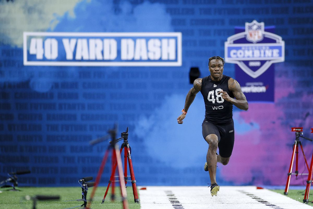 Wide receiver Henry Ruggs III of Alabama runs the 40-yard dash during the NFL Scouting Combine at Lucas Oil Stadium on February 27, 2020 in Indianapolis, Indiana.