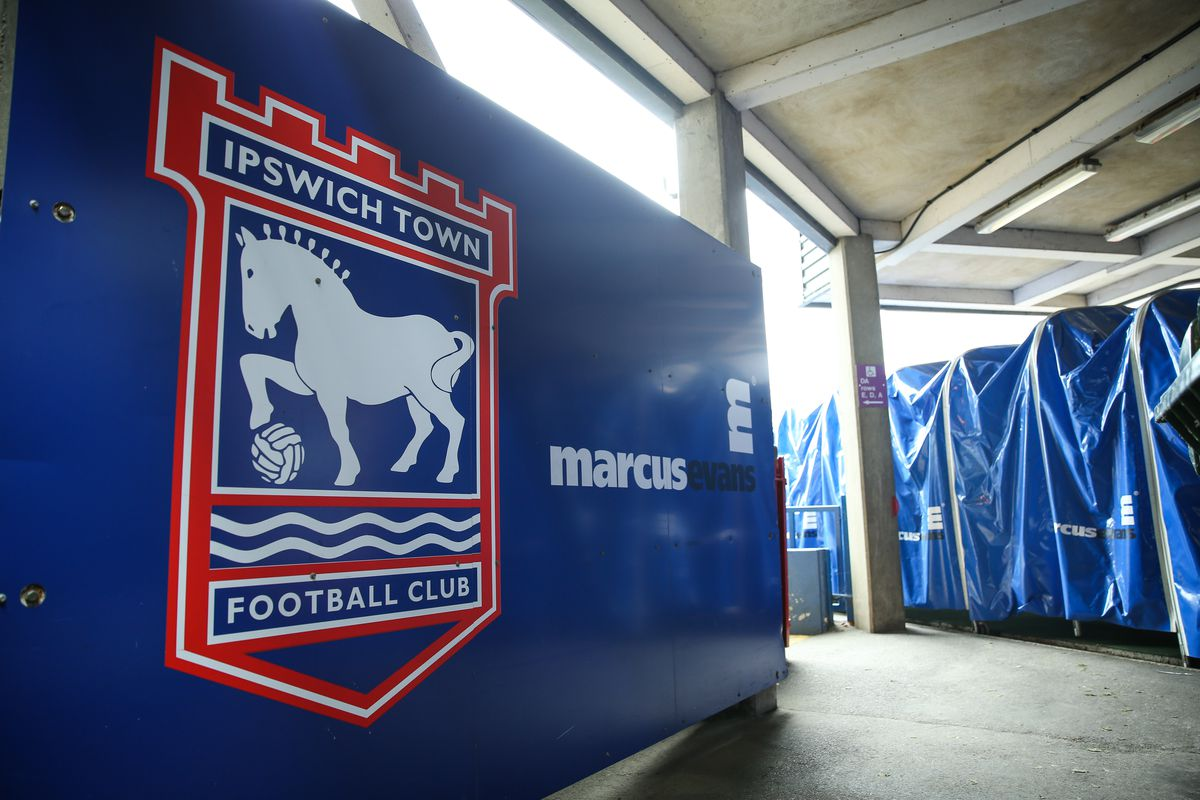 Ipswich Town v Huddersfield Town - Sky Bet Championship