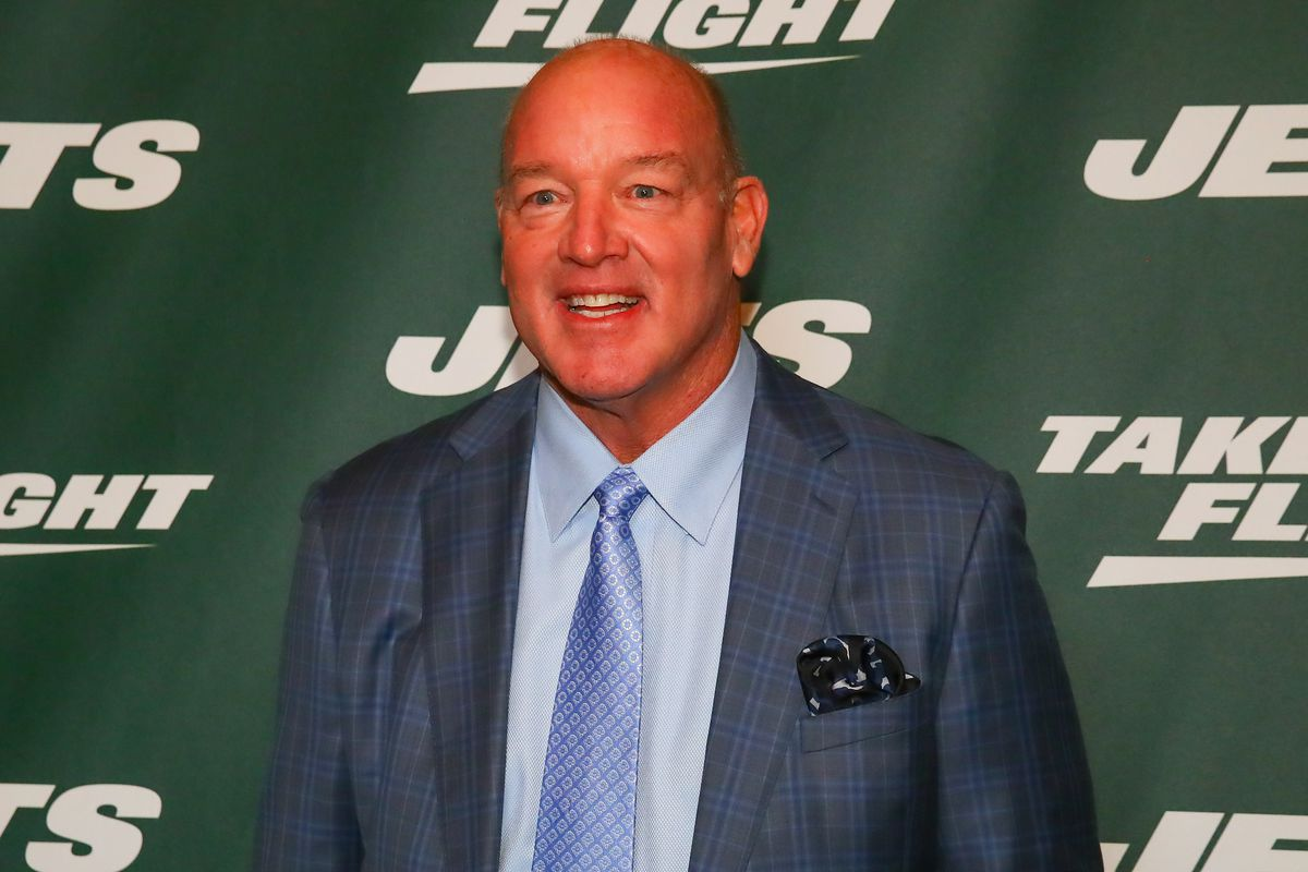 NFL: APR 04 NY Jets New Uniform Unveiling