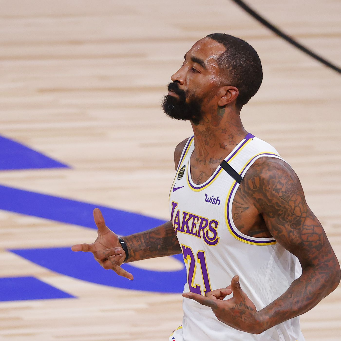 Will the Lakers bring back J.R. Smith in NBA free agency? - Silver ...