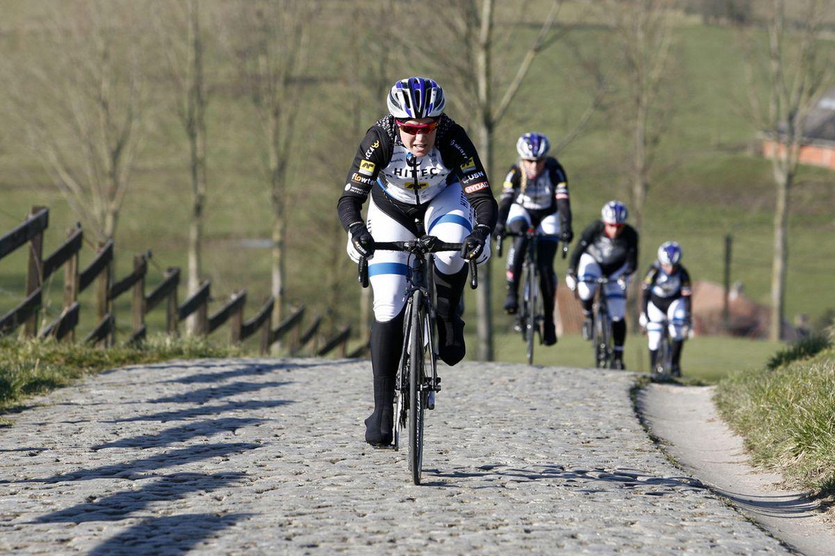 Chloe Hosking prerides the cobbles of Omloop het Nieuwsblad